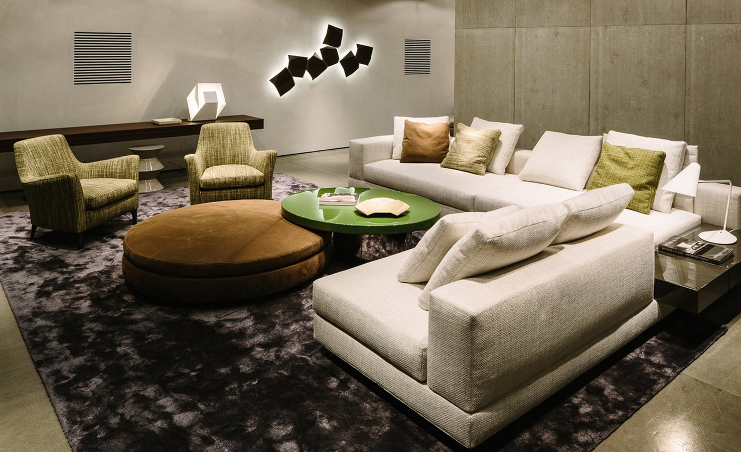 Excellent White Sofa By Minotti Ecc Caraccident5 Cool Chair Designs And Ideas Caraccident5Info