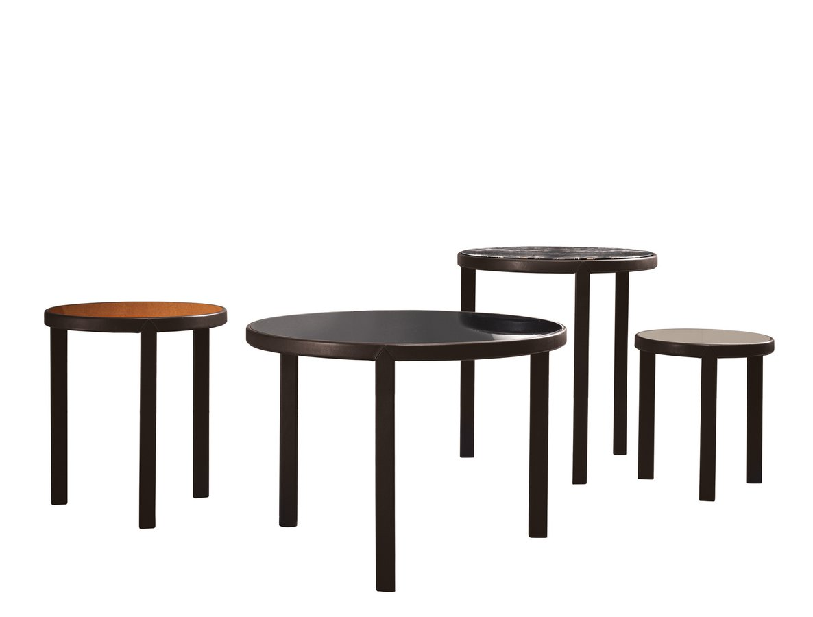 Riley side table by minotti ecc for Minotti coffee table