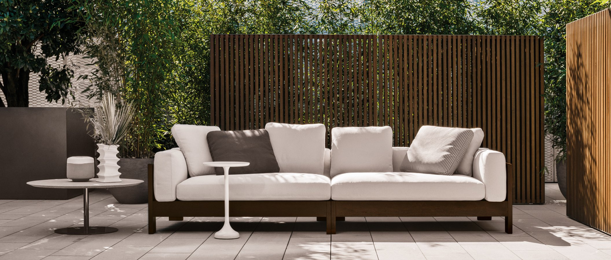 Alison iroko outdoor sofa by minotti ecc - Naturewood furniture for both indoor and outdoor sitting ...
