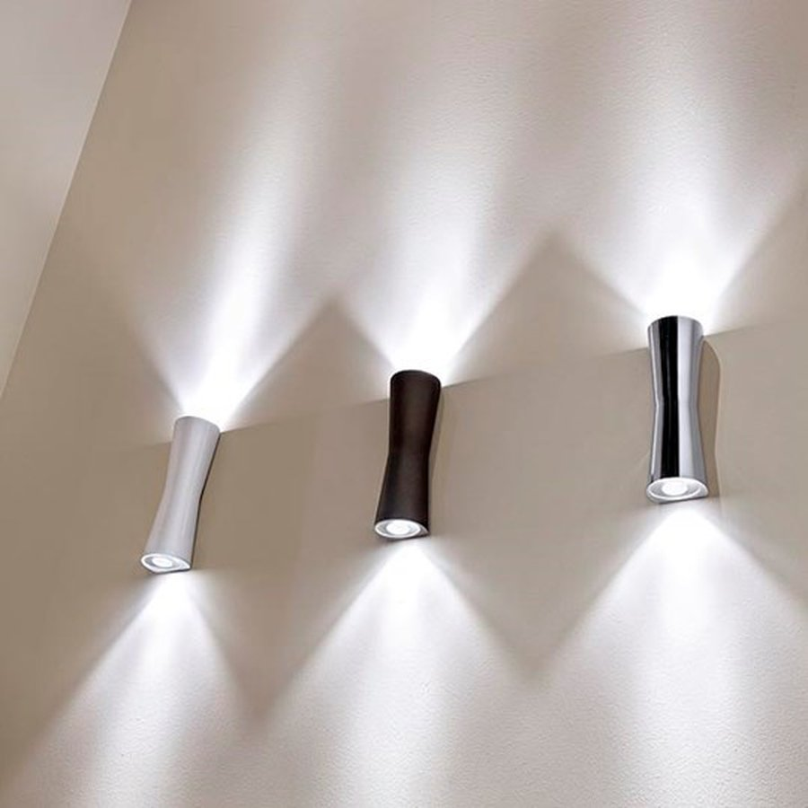 indirect wall lighting. Diffused Direct/indirect-light Wall Lighting Device. Body Obtained By Means Of Aluminium Pressofusion And Diffusers In PMMA. Attachment With Indirect
