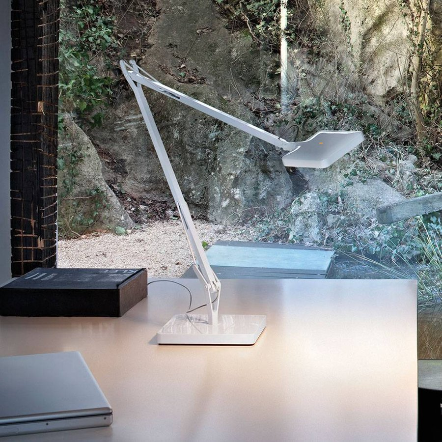 kelvin led table lamp by flos ecc. Black Bedroom Furniture Sets. Home Design Ideas