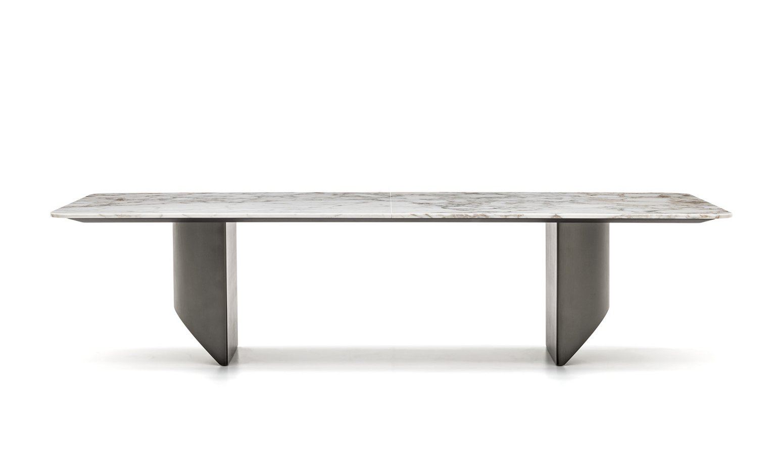 Wedge Dining Table By Minotti Ecc